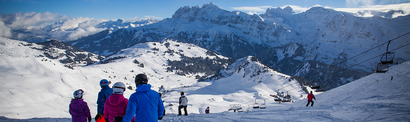 600 km of skiing Portes du Soleil Ski resort France and switzerland